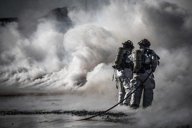 17-ilmu-membaca-asap-bagi-pemadam-kebakaran